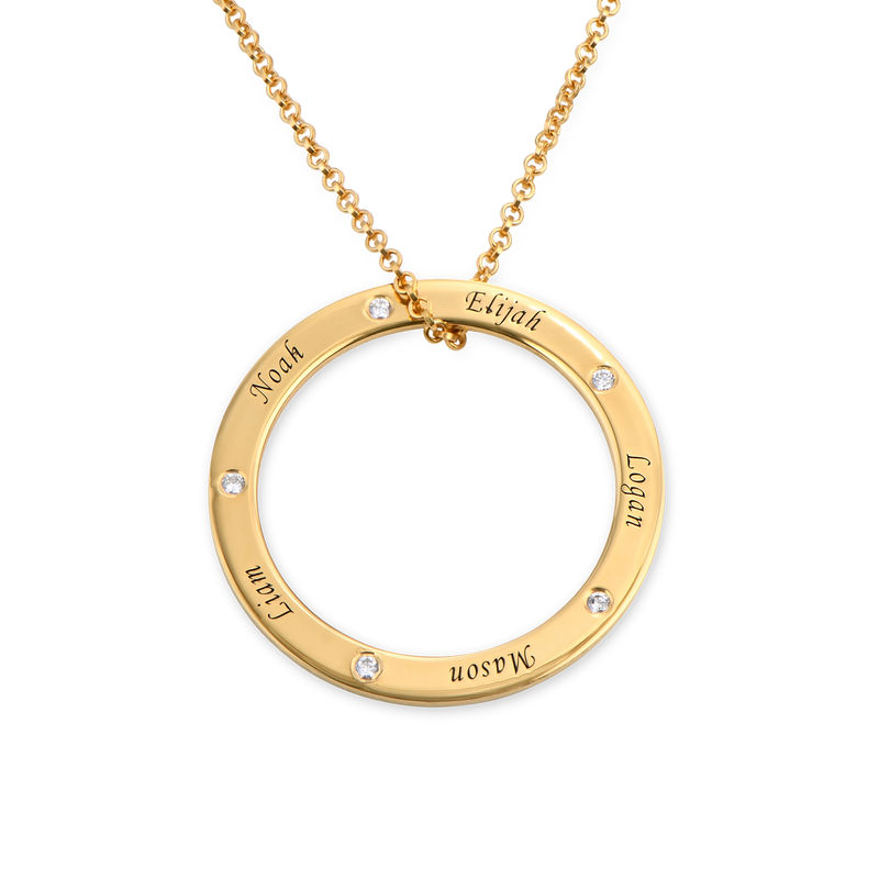 Engraved Family Circle Necklace for Mum in Gold Plating