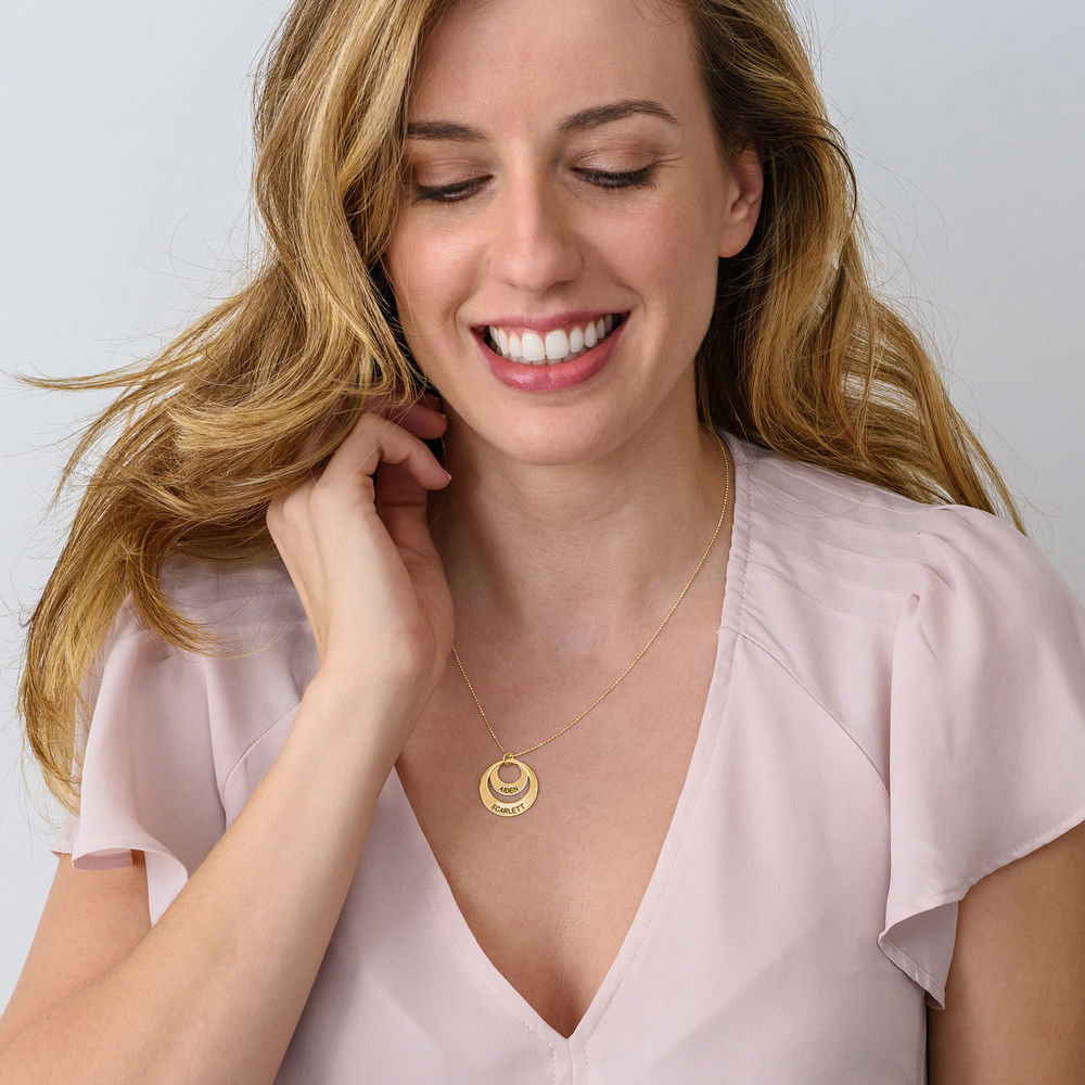 Jewellery for Mums - Disc Necklace in 10ct Gold - 3