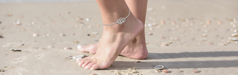 FREE THE FEET – The Ultimate Summer Guide for Your Pretty Feet