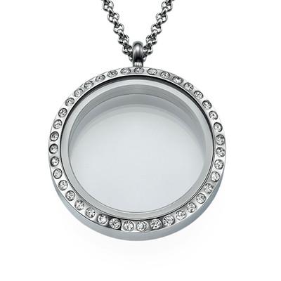 Rundes Medaillon mit Kristallen