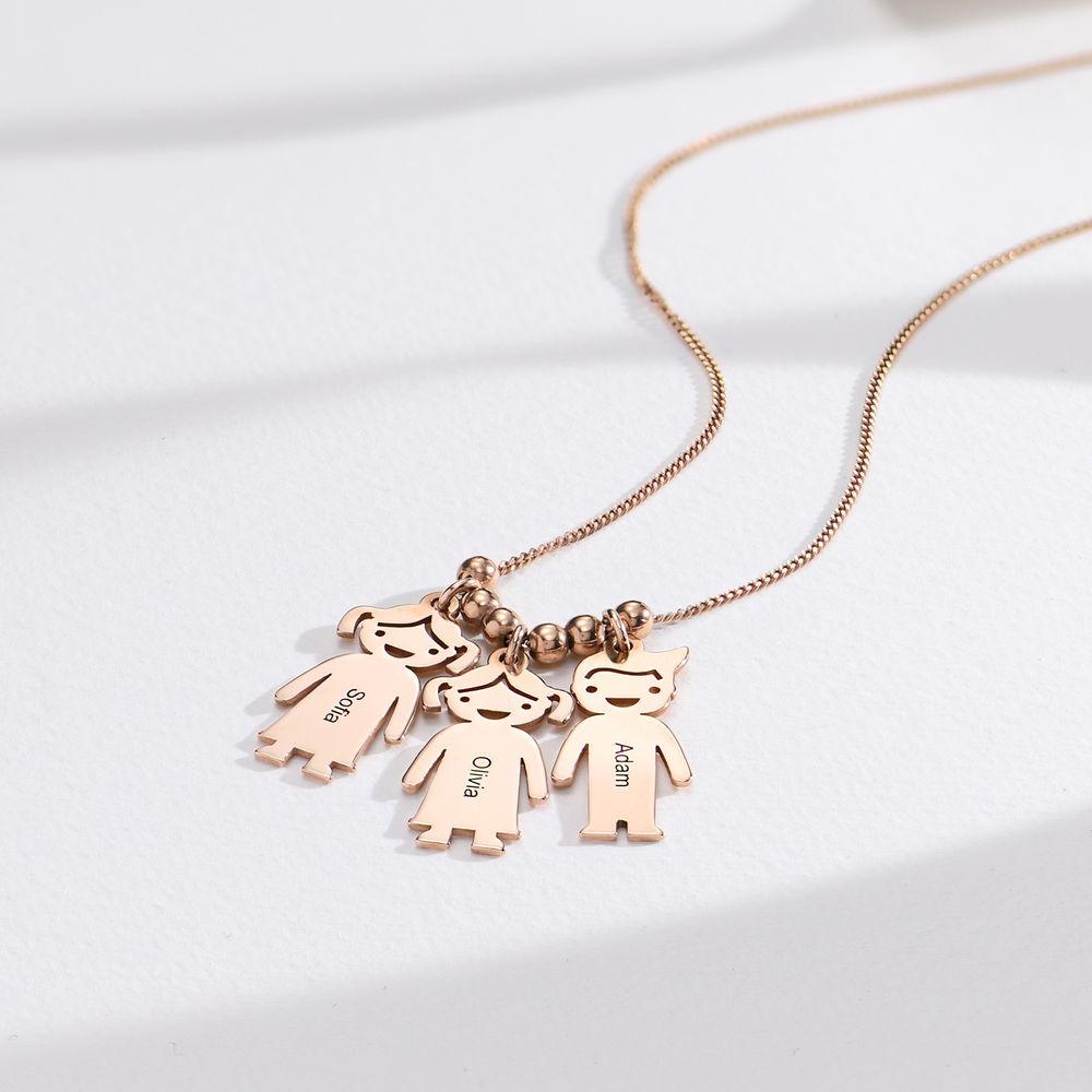Halskette mit gravierbaren Kinder Charms aus Rosé vergoldetem Silber - 1