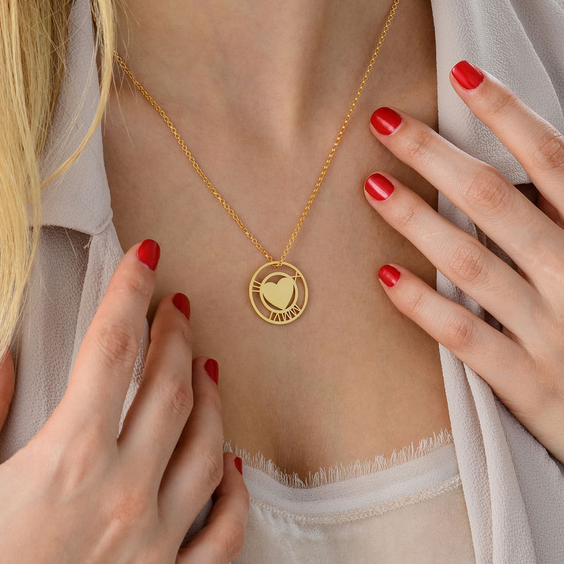 Vergoldete Herzkette mit rundem Plättchen und römischen Ziffern - 3