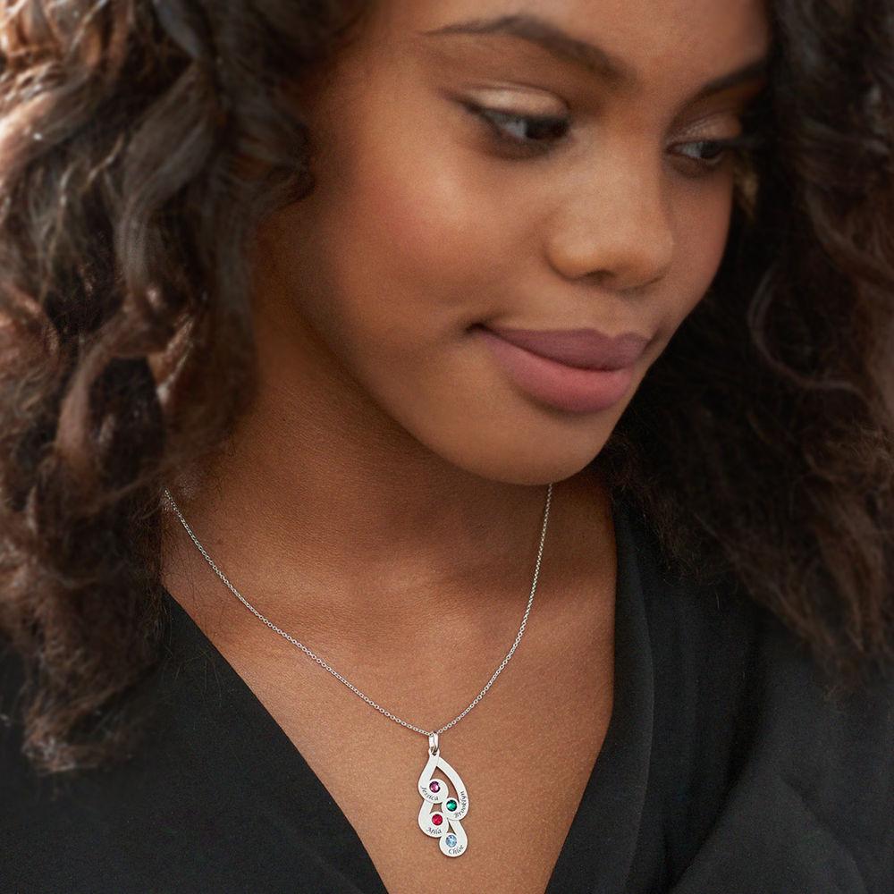 Gravierte Familienanhänger-Halskette mit Geburtssteinen aus Sterlingsilber - 3