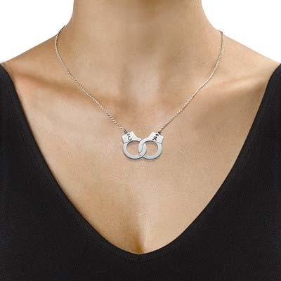 Handschellenkette mit Buchstaben aus Silber - 1