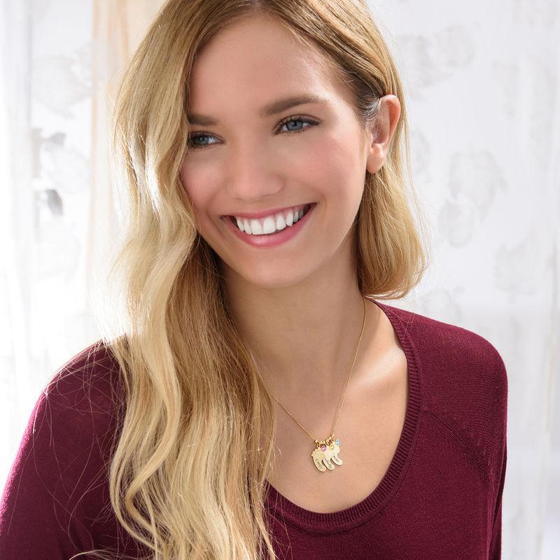 Mutterschmuck - Vergoldete Babyfuß Halskette mit Gravur - 4