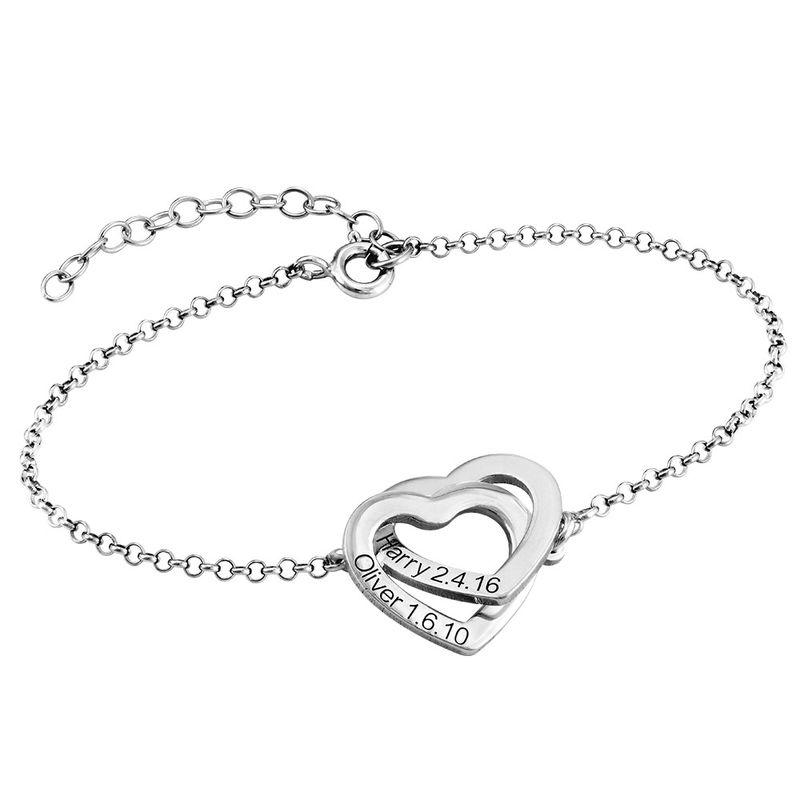 Verschlungenes Herzarmband mit Gravur aus Sterlingsilber