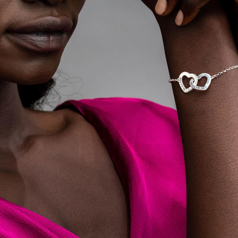 Verschlungenes Herzarmband mit Gravur aus Sterlingsilber mit Diamant - 2