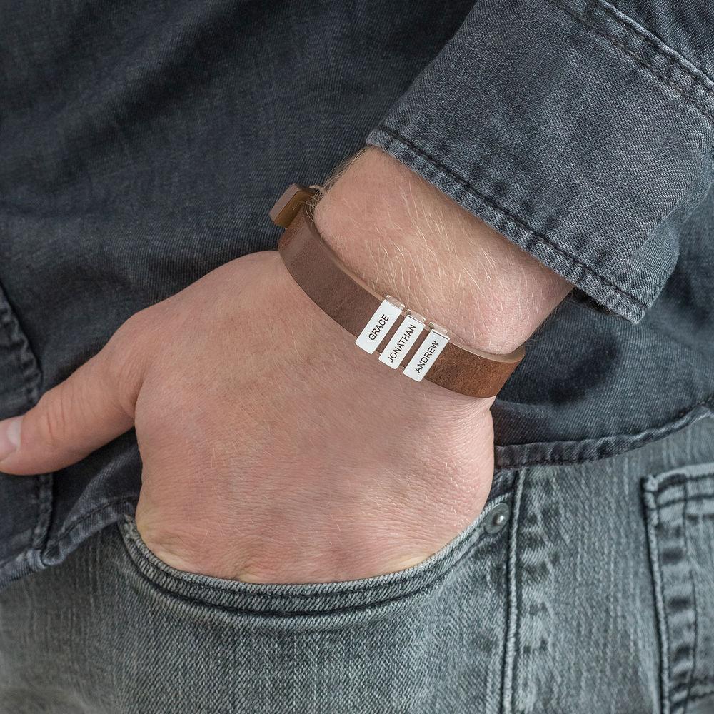 Braunes Lederarmband für Herren mit personalisierten Beads aus Silber - 4