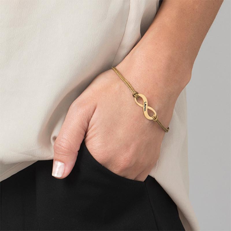 Personalisiertes Infinity Armband mit Gravur vergoldet - 1