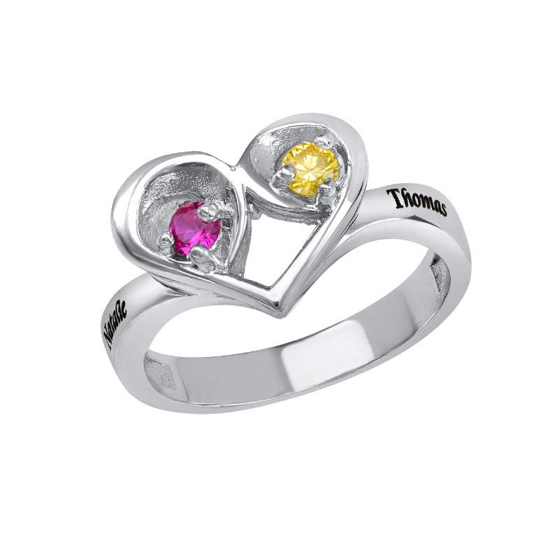 Geburtsstein-Ring in Herzform mit der Gravur