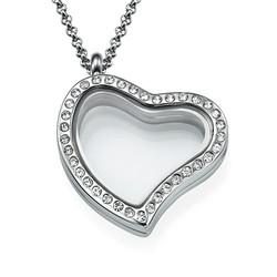 Herzförmiges Medaillon mit Kristallen Produktfoto