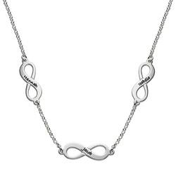 Mehrfach-Infinity-Halskette für Mutter in Silber product photo