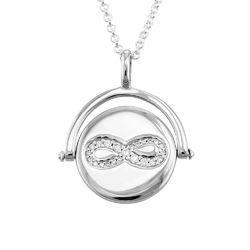 Kette mit kreiselndem Infinity-Anhänger aus Silber product photo
