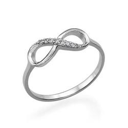 Infinity-Unendlich Ring mit Zirkonia Edelsteinen product photo