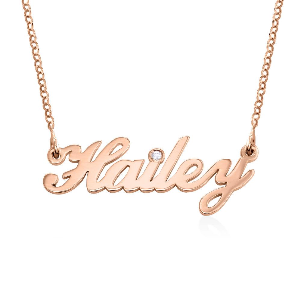Pequeño collar con nombre clásico en chapado de oro rosa 18k con diamante