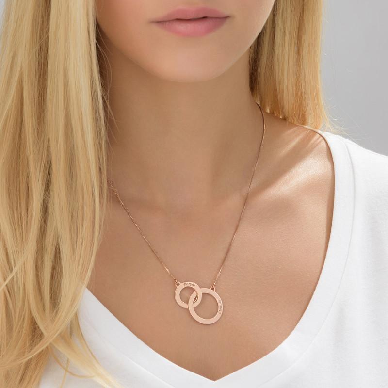 Collar Círculos de Eternidad grabado en chapa de oro rosa - 1