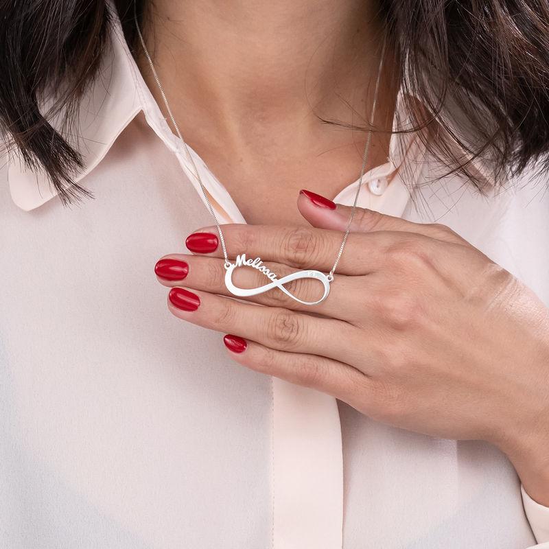 Collar infinito con nombre en plata de ley con diamante - 5