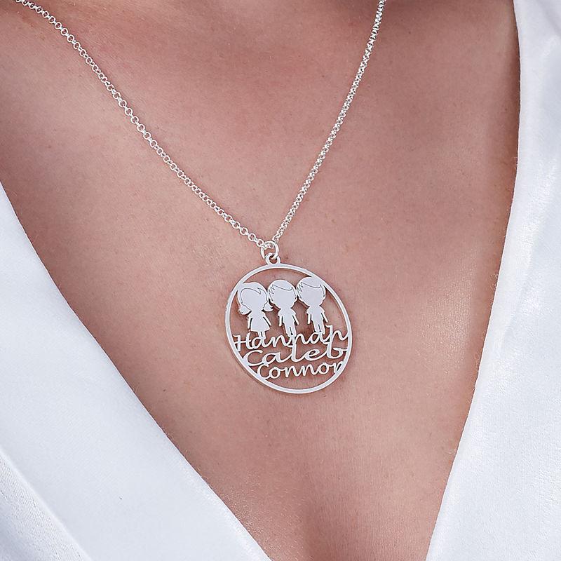 Collar Círculo para Mamá en Plata de Ley - 3