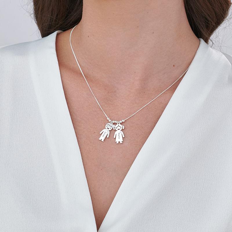 Collar con colgante de niños con diamantes en plata - 3