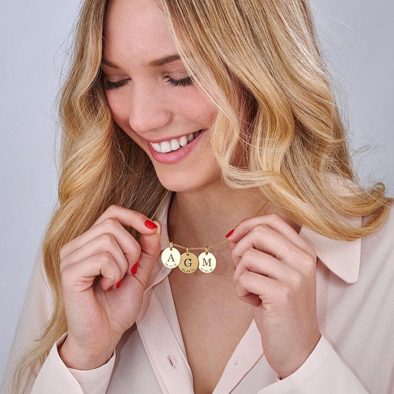 Collar personalizado con iniciales y fecha chapado en oro - 4