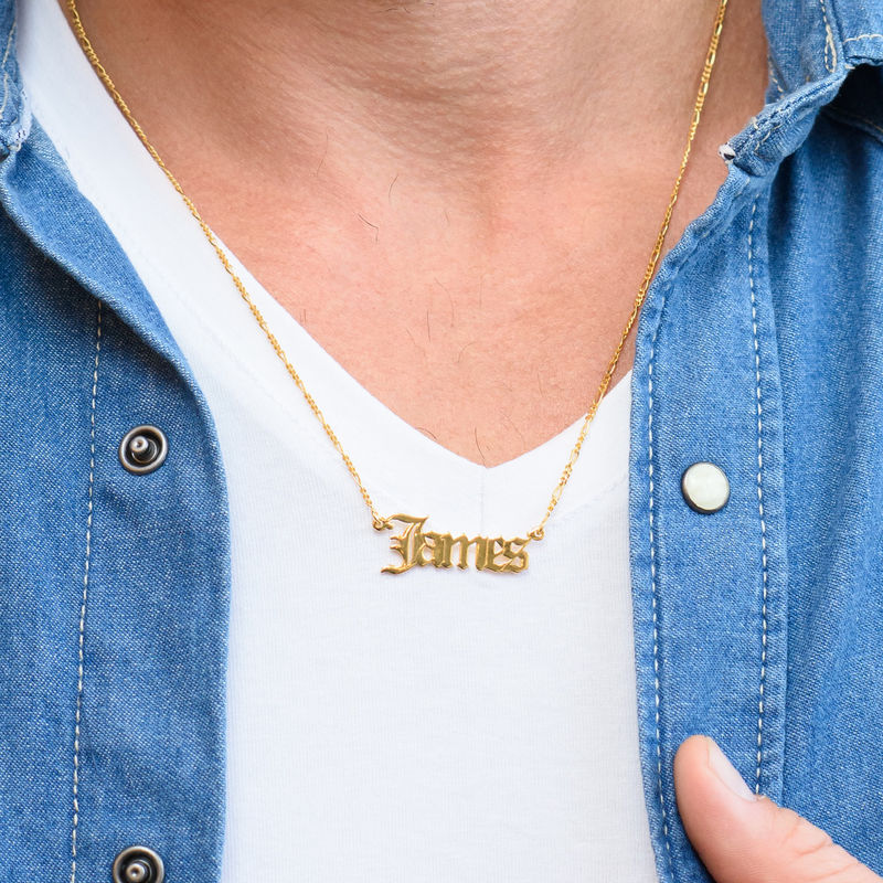 Collar con nombre gótico personalizado en oro - 2