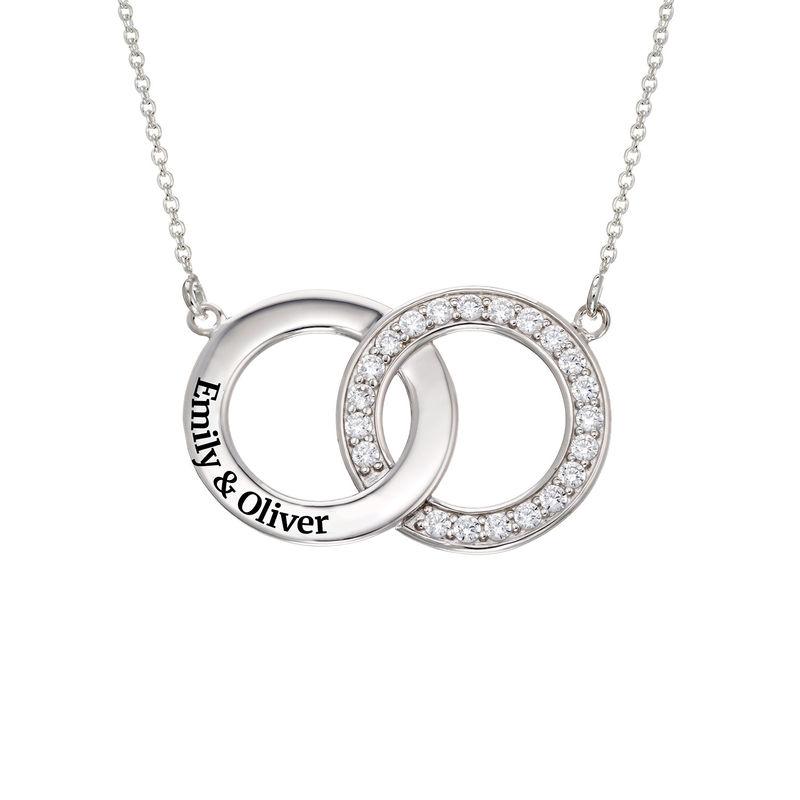 Collar con círculos entrelazados con circonia cúbica en plata 925