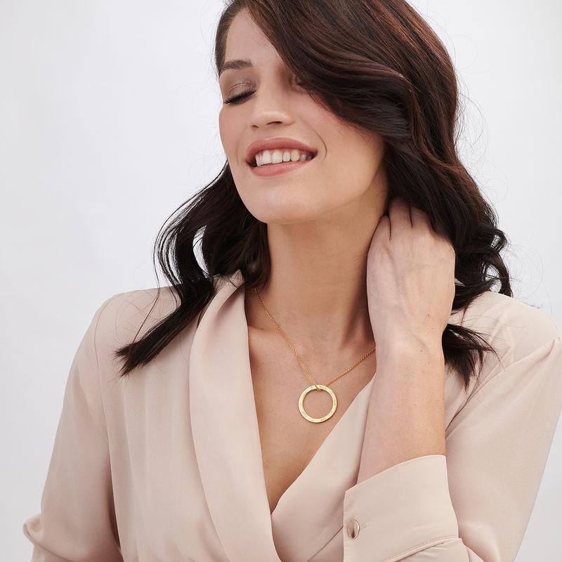 Collar con círculo personalizado con diamantes chapado en oro - 2