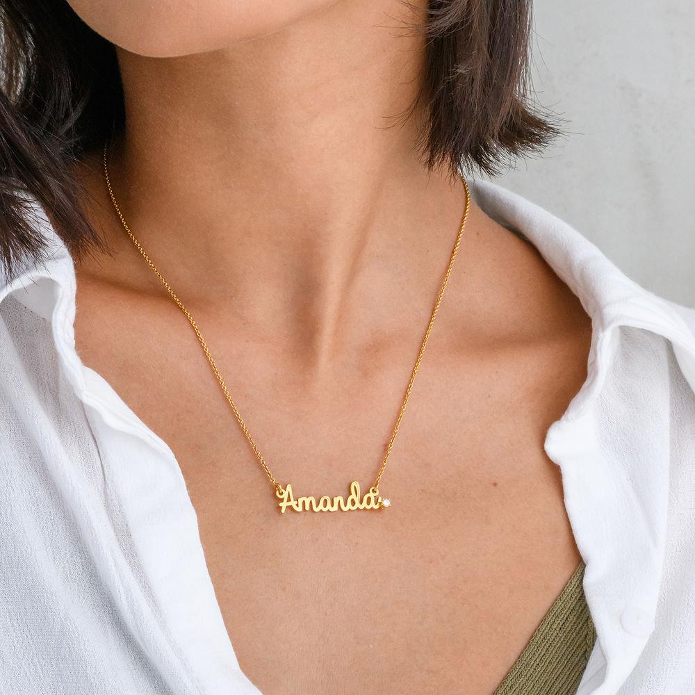 Collar con nombre cursivo en chapa de oro 18k con diamante - 1