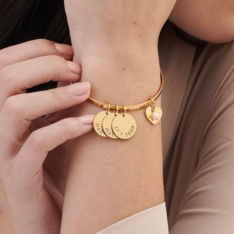Pulsera bangle con colgantes personalizados chapada en oro - 2