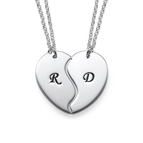 Collar con Iniciales Personalizadas con Corazón Divisible