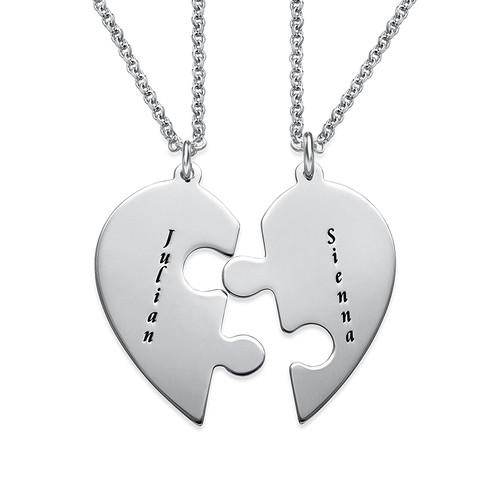 El Set de Collar de Corazón con pieza de rompecabezas con grabado