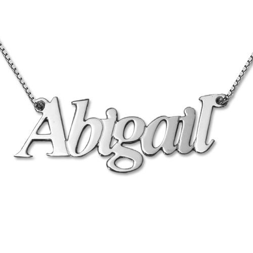 Hermoso collar de plata personalizado con nombre