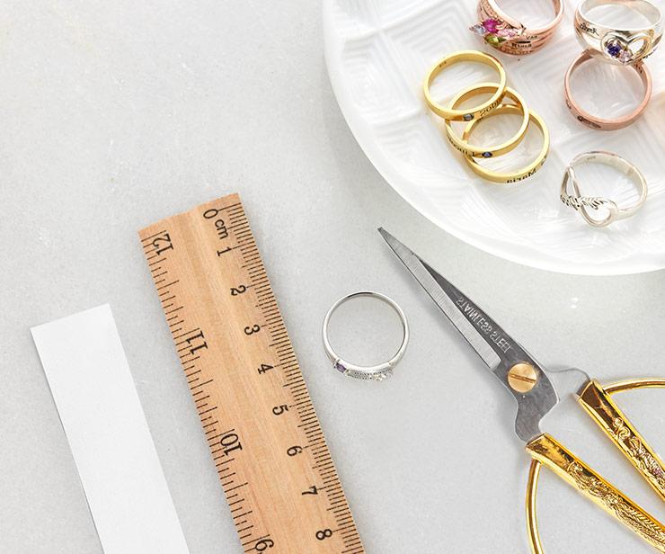 Miten mittaat sormuksen koon