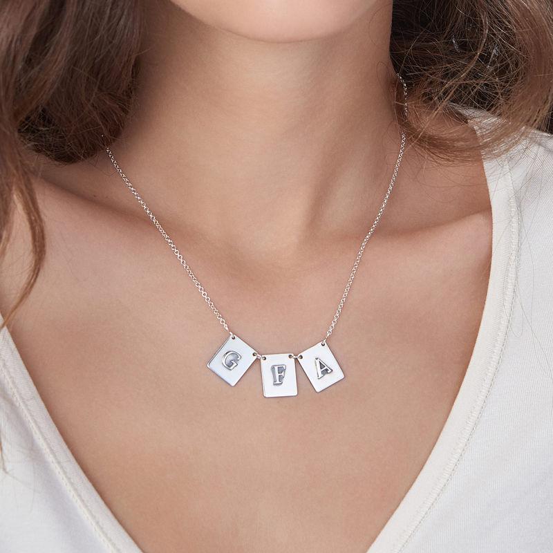 Sterling-hopeinen personoitu kirjain kaulakoru - 2