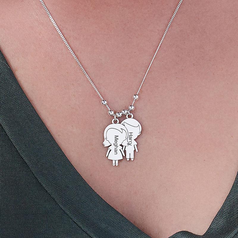 Sterling-hopeinen äiti-kaulakoru lapsiriipuksella - 3