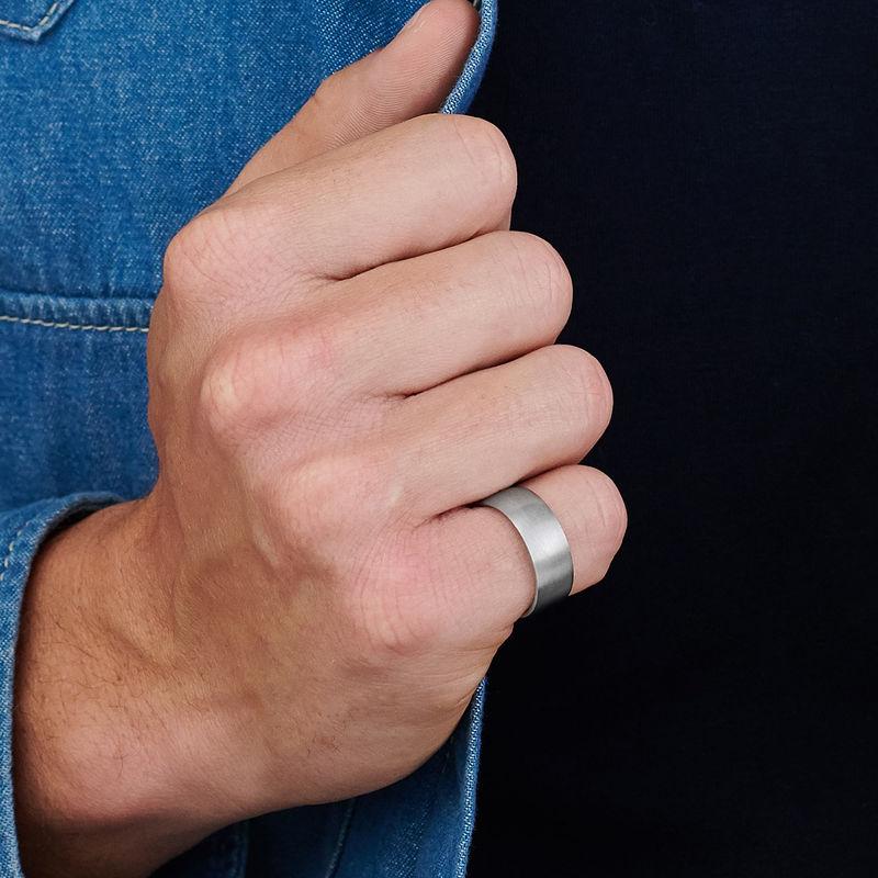 Miesten sormus sisäkaiverruksella - 3
