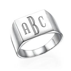 Miesten sormus hopeinen monogrammi kaiverruksella tuotekuva
