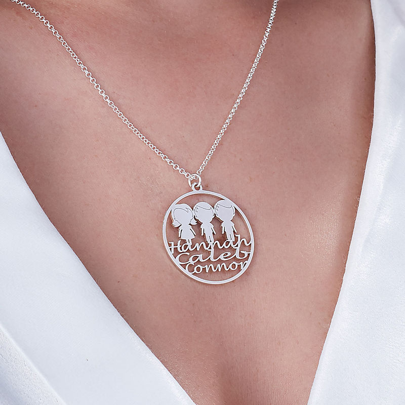 Mother Circle Necklace in Silver Sterling - 2