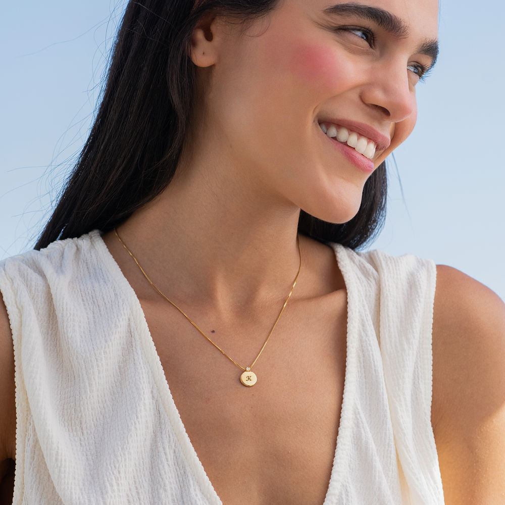 Small Circle Initial Necklace with Diamond in Gold Vermeil - 2