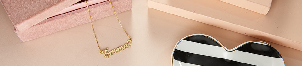 Carrie Style Name Necklaces