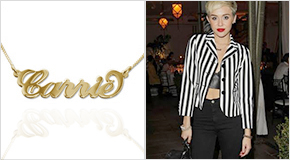 Miley Cyrus with a golden Name Necklace