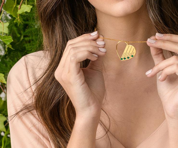 Lo smeraldo: colore e significato dei gioielli di smeraldo