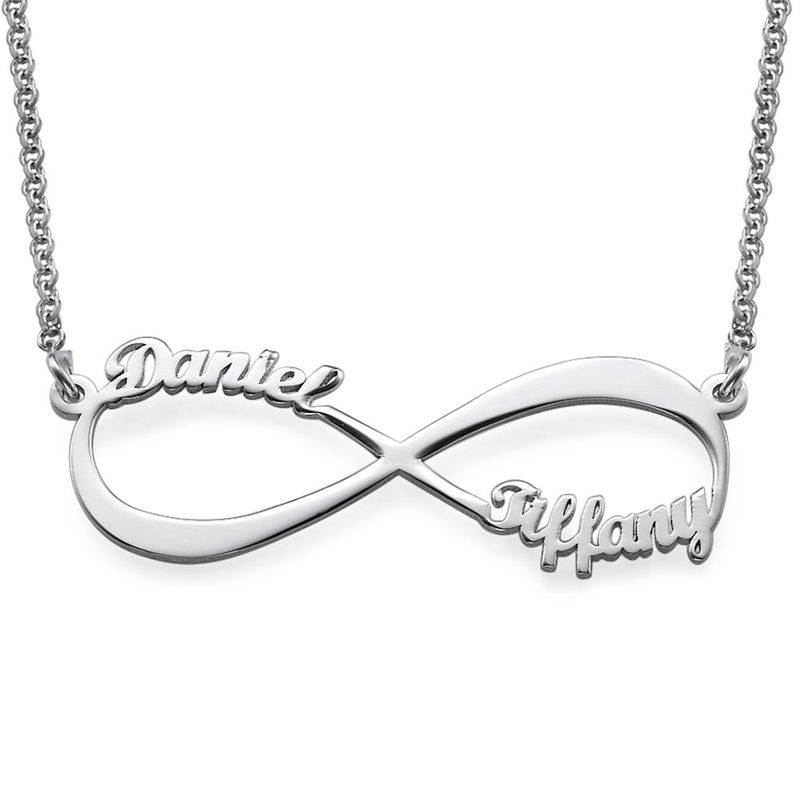 Collana Infinito con Nome in Argento Sterling product photo