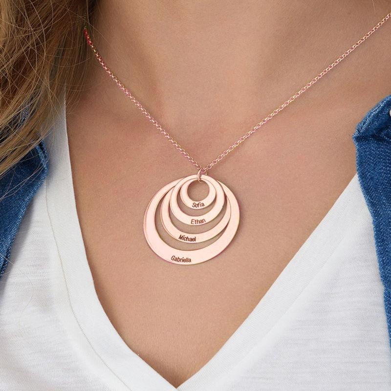 Collana a Quattro Cerchi con Incisione placcata Oro Rosa - 4