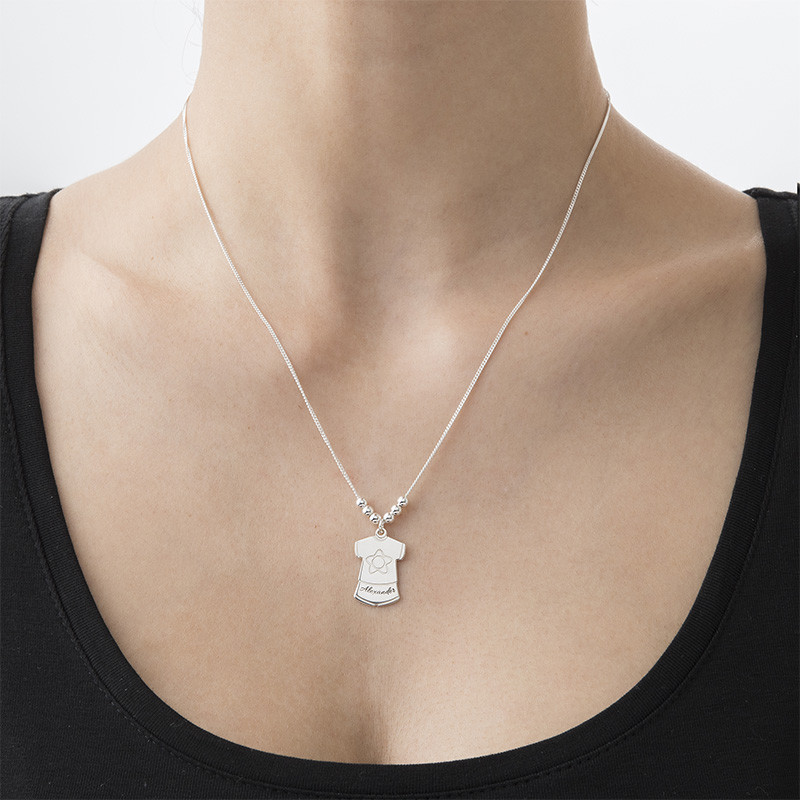 Collana della Mamma con Charms a vestitino di bambino - 2