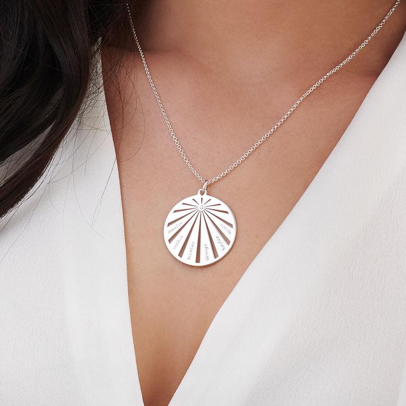 Collana Famiglia Incisa con Cerchio e Diamante in Argento - 3