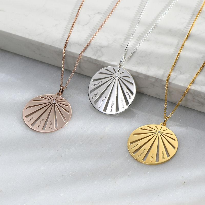 Collana Famiglia Incisa con Cerchio e Diamante Placcata Oro - 1
