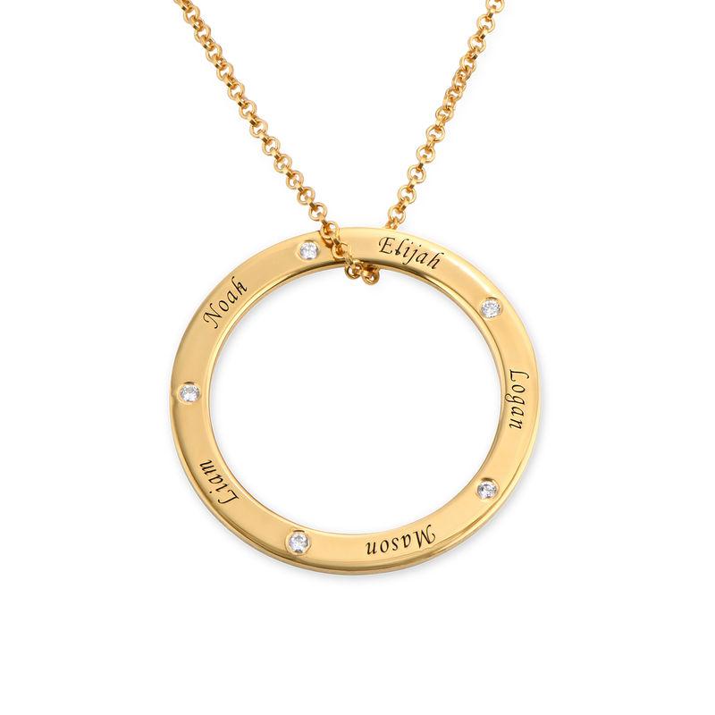 Collana Famiglia con Cerchio Personalizzato e Diamanti Placcata Oro