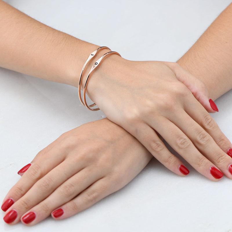 Bracciale Rigido con Iniziale Placcato Oro Rosa - 3