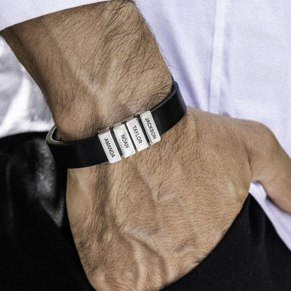 Bracciale da uomo in pelle nera con perline d'argento personalizzate - 3